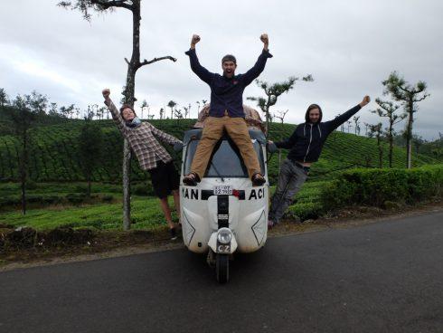 Rallye rikša naprieč Indiou za 16 dní alebo 220 km denne, inak skončíte
