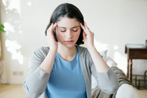Migrénou trpí viac žien než mužov. Dokáže meniť i štruktúru mozgu.