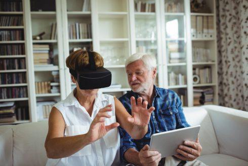 Ako môže virtuálna realita pomôcť psychike dôchodcov?