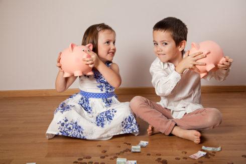 Ako deťom vysvetliť, že peniaze nerastú na stromoch?