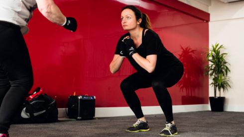 TOP 10 cvikov na brušné s sedacie svalstvo (LAB)